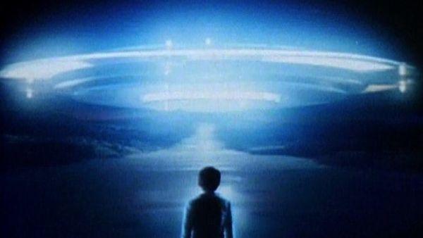 Ultraman: Towards the Future : Signs of Life