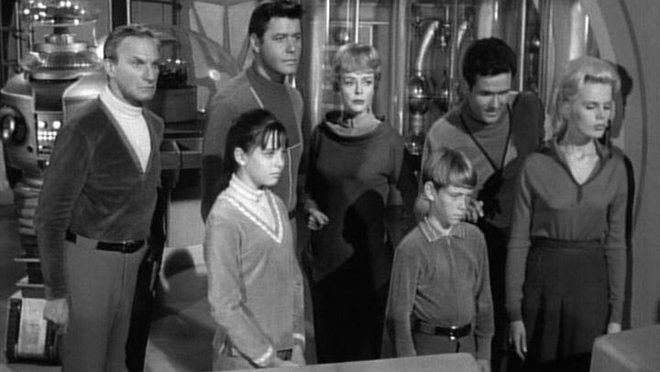 Lost in Space: Welcome, Stranger