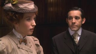 Murdoch Mysteries: The Kissing Bandit