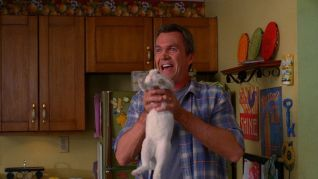 The Middle: Bunny Therapy