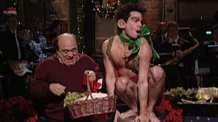 Saturday Night Live: Danny DeVito [5]