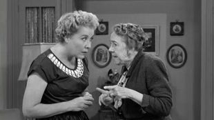I Love Lucy: Too Many Crooks