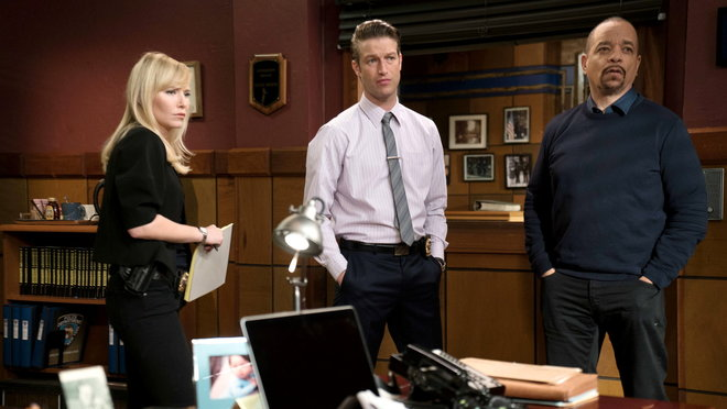 Law & Order: Special Victims Unit: Pattern Seventeen (2014)