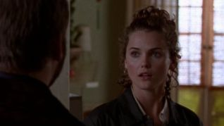Felicity: Kissing Mr. Covington