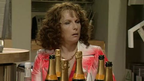 Absolutely Fabulous : Small Opening