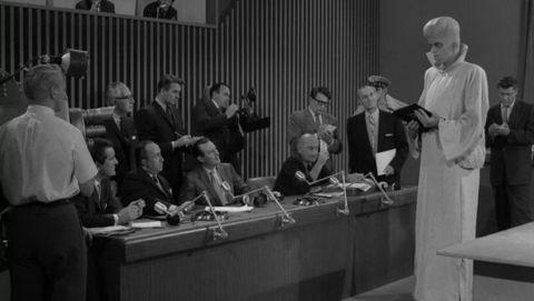 The Twilight Zone : To Serve Man