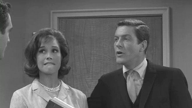 The Dick Van Dyke Show: The Square Triangle