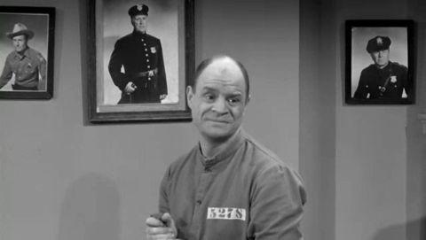 The Dick Van Dyke Show : The Alan Brady Show Goes to Jail