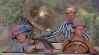Green Acres: The Picnic