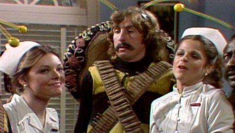 Saturday Night Live : Eric Idle; Joe Cocker