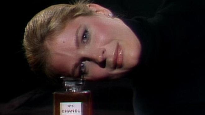 Saturday Night Live: Candice Bergen [1]