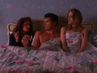Twin Peaks : Slaves and Masters