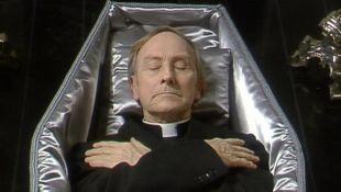 Father Ted : Escape from Victory