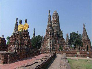 Laura McKenzie's Traveler: Touring Thailand