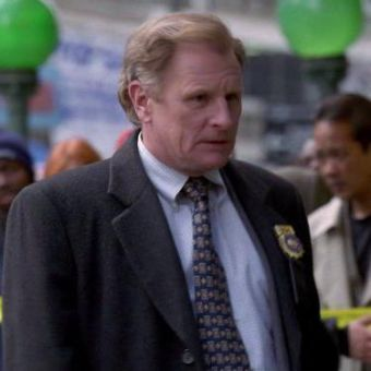NYPD Blue : Passing the Stone