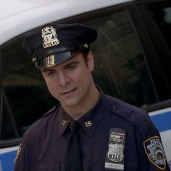 NYPD Blue : Fish Out of Water