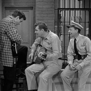 The Andy Griffith Show: The Guitar Player Returns
