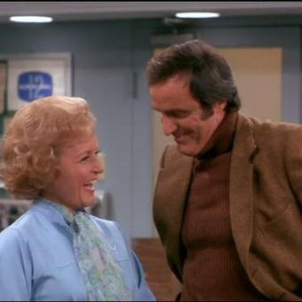 The Mary Tyler Moore Show : Sue Ann Falls in Love