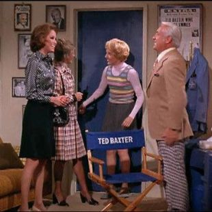 The Mary Tyler Moore Show : We Want Baxter