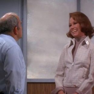 The Mary Tyler Moore Show : Hi There Sports Fans