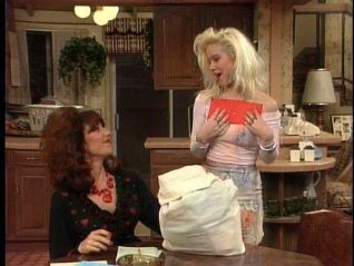 Married... With Children: Peggy Loves Al, Yeah, Yeah, Yeah