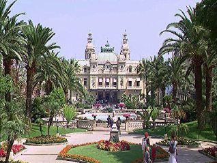 Laura McKenzie's Traveler: St. Tropez & the Riviera