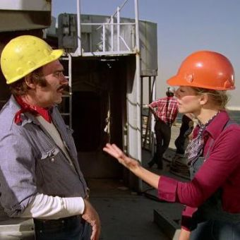 The Bionic Woman : Iron Ships and Dead Men