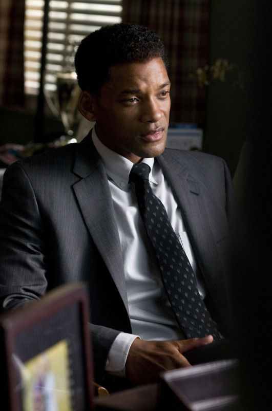 seven pounds summary Haunted by a secret, ben thomas looks for redemption by radically transforming the lives of seven people he doesn't know once his plan is set, nothing will be able to stop him.