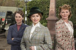 Home Fires [TV Series]