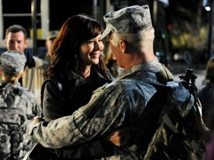 Army Wives : Non-Combatants