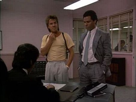 Miami Vice : Everybody's in Show Biz