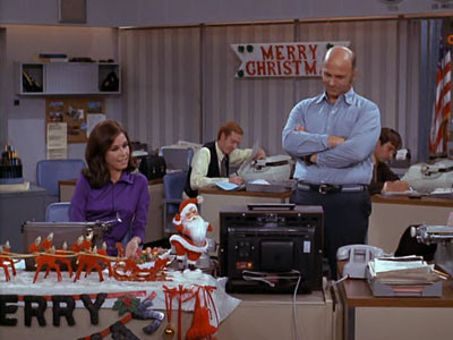 The Mary Tyler Moore Show : Christmas and the Hard-Luck Kid II