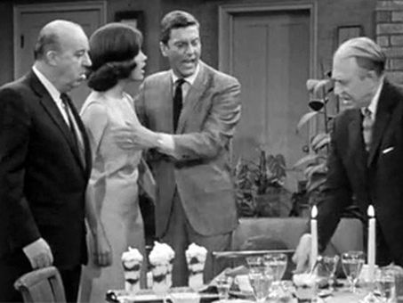 The Dick Van Dyke Show : The Plots Thicken