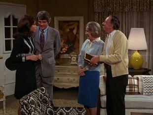 The Mary Tyler Moore Show : Howard's Girl