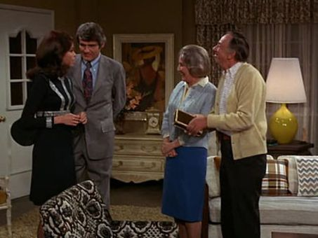 The Mary Tyler Moore Show : Howard's Girl