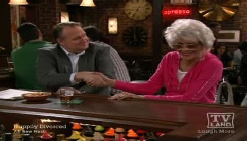 Hot in Cleveland : Unseparated at Birthdates