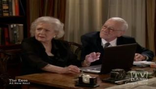 Hot in Cleveland: Funeral Crashers