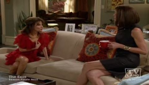 Hot in Cleveland : Life With Lucci