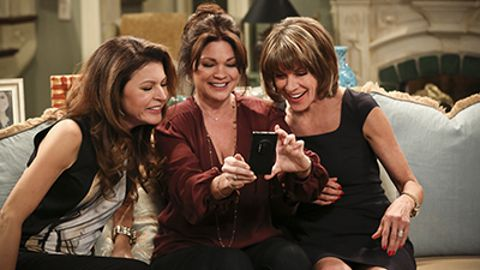 Hot in Cleveland : The One With George Clooney