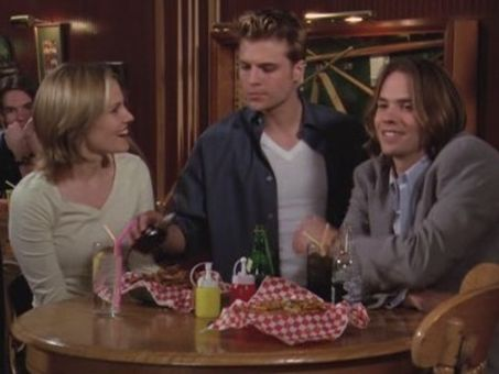 7th Heaven : Love Stinks