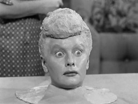 I Love Lucy : Lucy Becomes a Sculptress