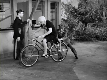 I Love Lucy : Lucy's Bicycle Trip
