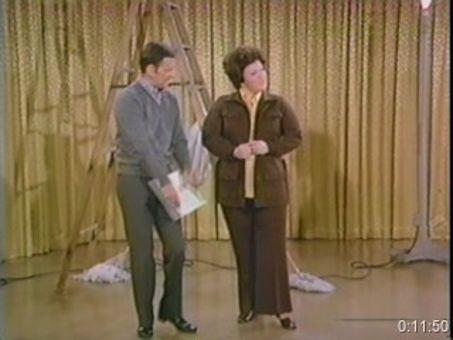 The Odd Couple : Vocal Girl Makes Good