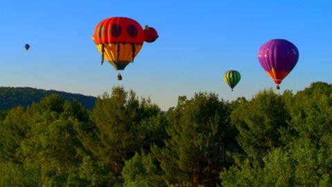 Sunrise Earth : Vermont Balloons