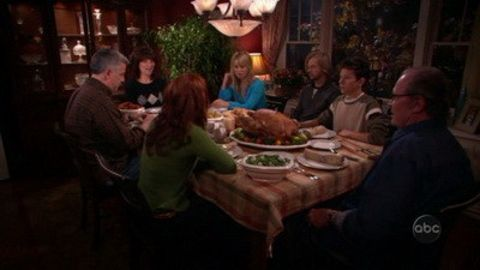 8 Simple Rules : Thanksgiving Guest