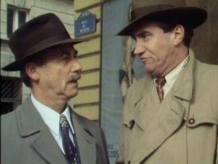 Maigret: Maigret on the Defensive
