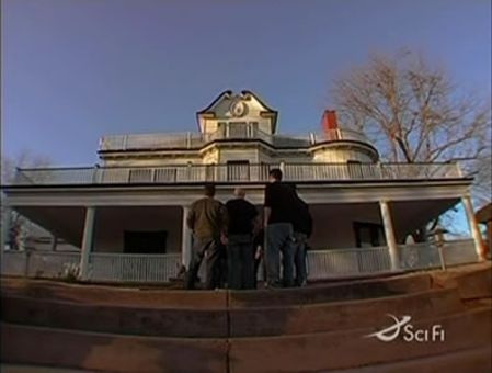 Ghost Hunters : The Stone Lion