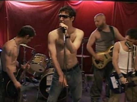 Kenny vs. Spenny : Who Can Put On the Best Concert?