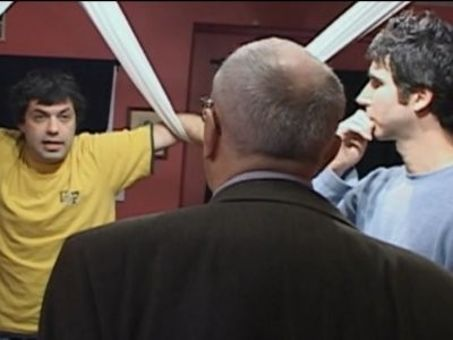 Kenny vs. Spenny : Who Can Stand Up the Longest?