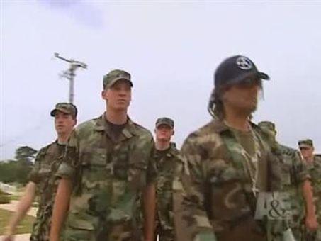 Criss Angel: Mindfreak : Military Salute